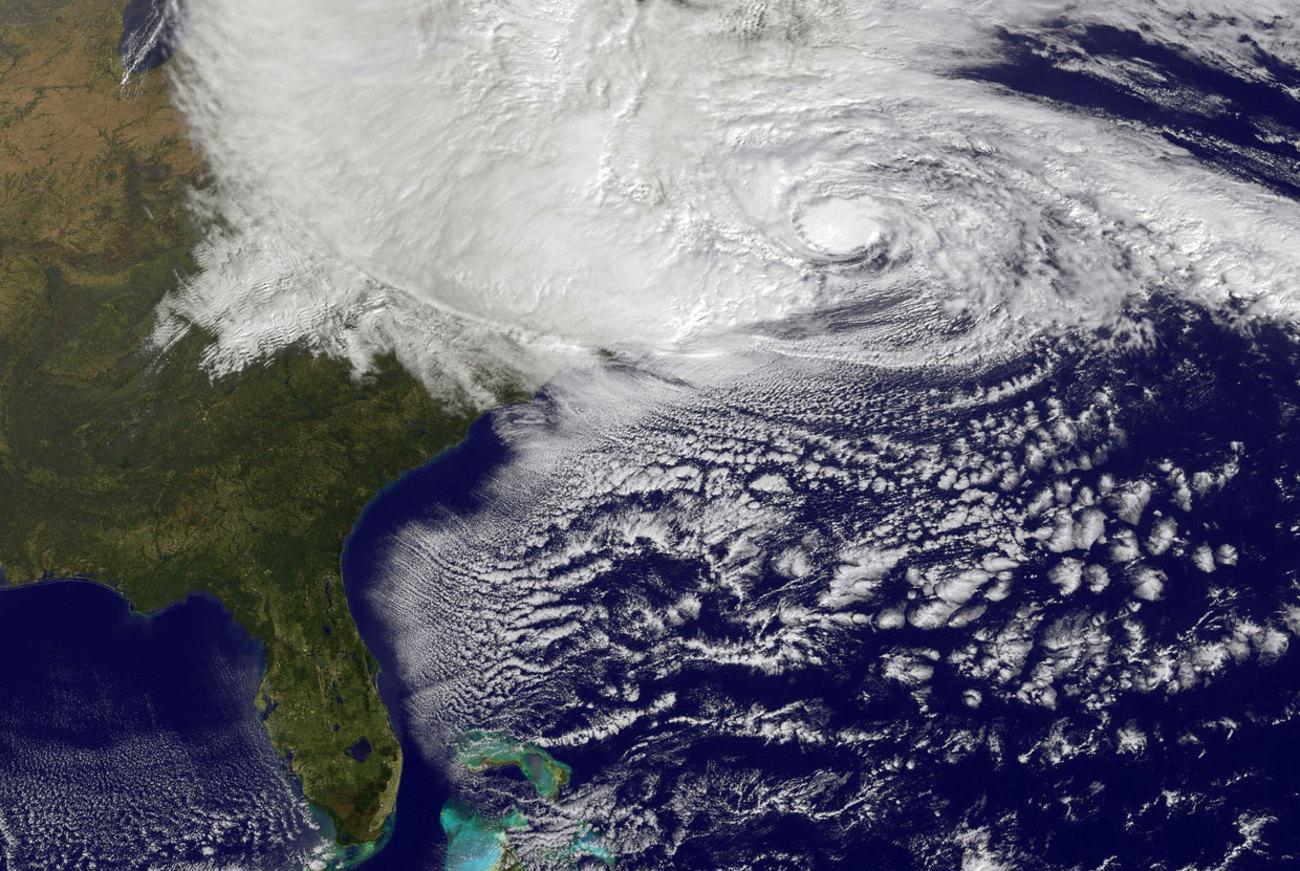 Cyclone sandy new york pictures Arenal Hanging Bridges Park Images, Stock Photos Vectors